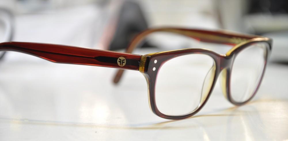Acetatbrille nach Aufarbeitung