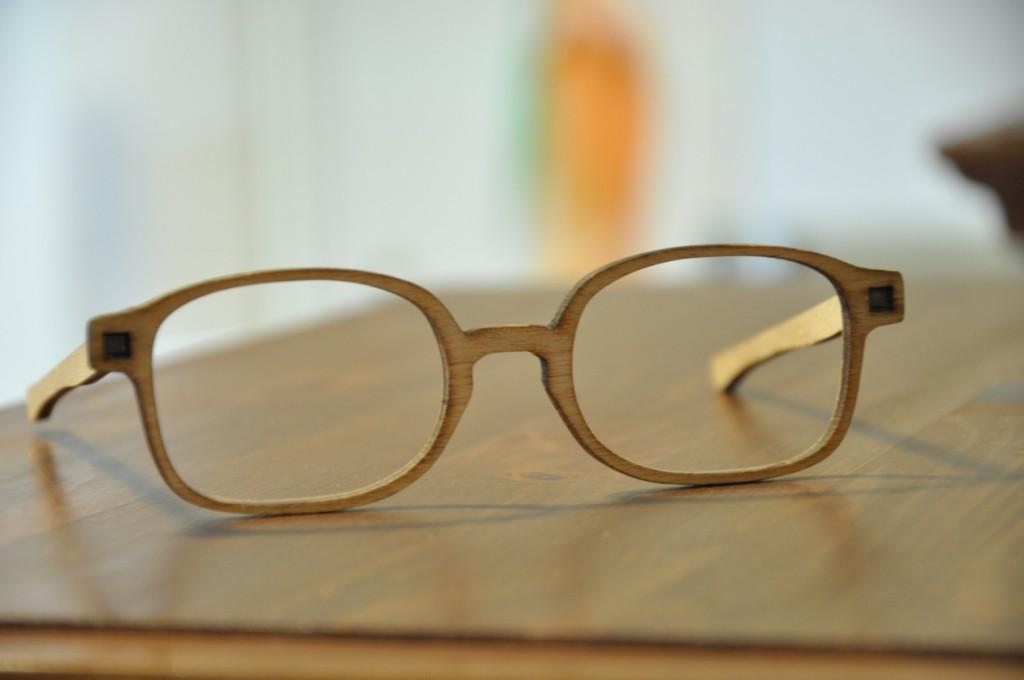Holzmuster für Maßbrille