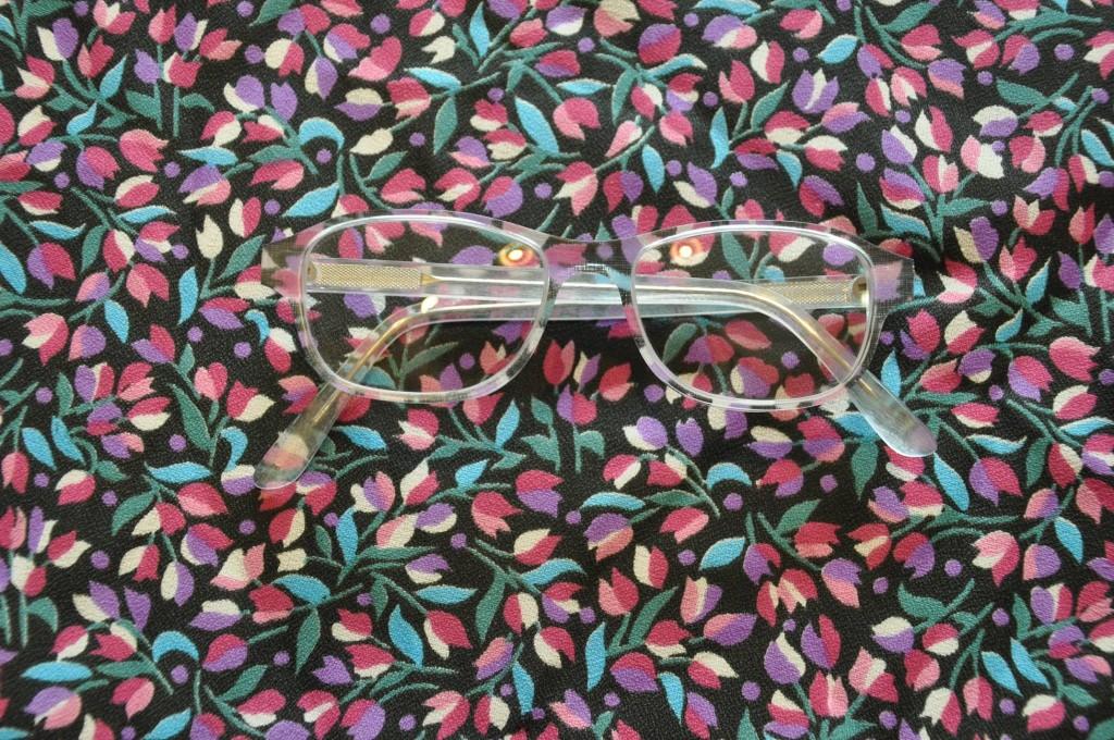 Acetatbrille mit Stoffeinlage
